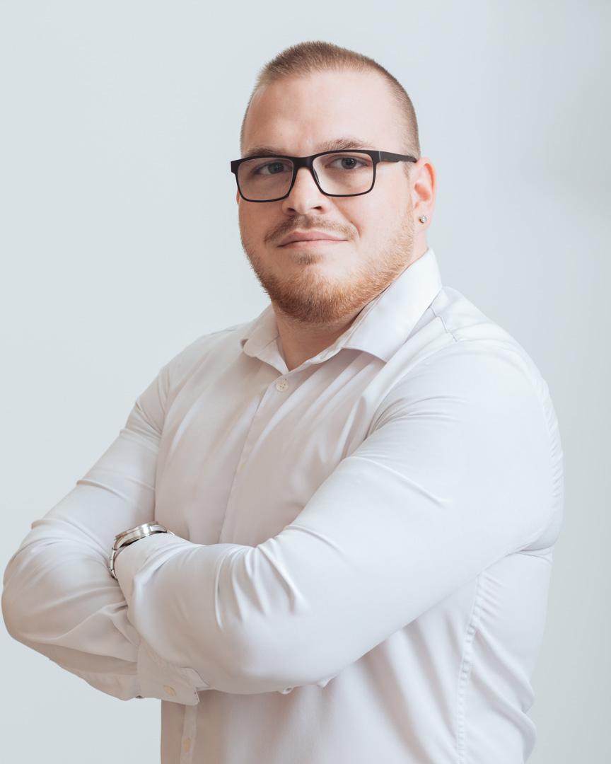 Leéb Erik